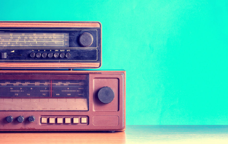 Δύο παλιά ραδιόφωνα