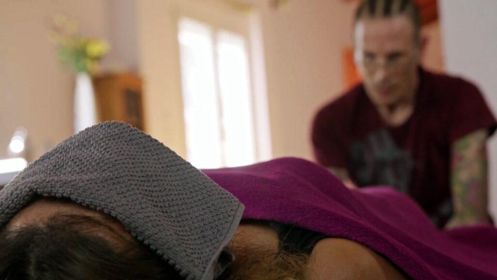 Φωτογραφία από την πρακτική του Connected Breathing